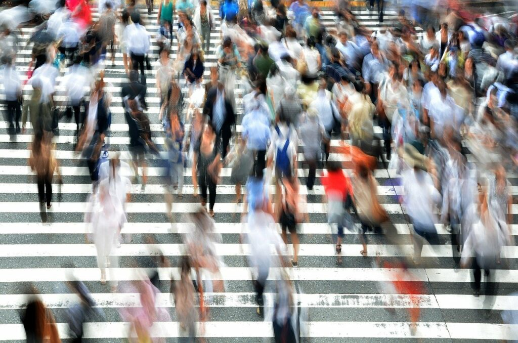 pedestrians, people, busy-400811.jpg